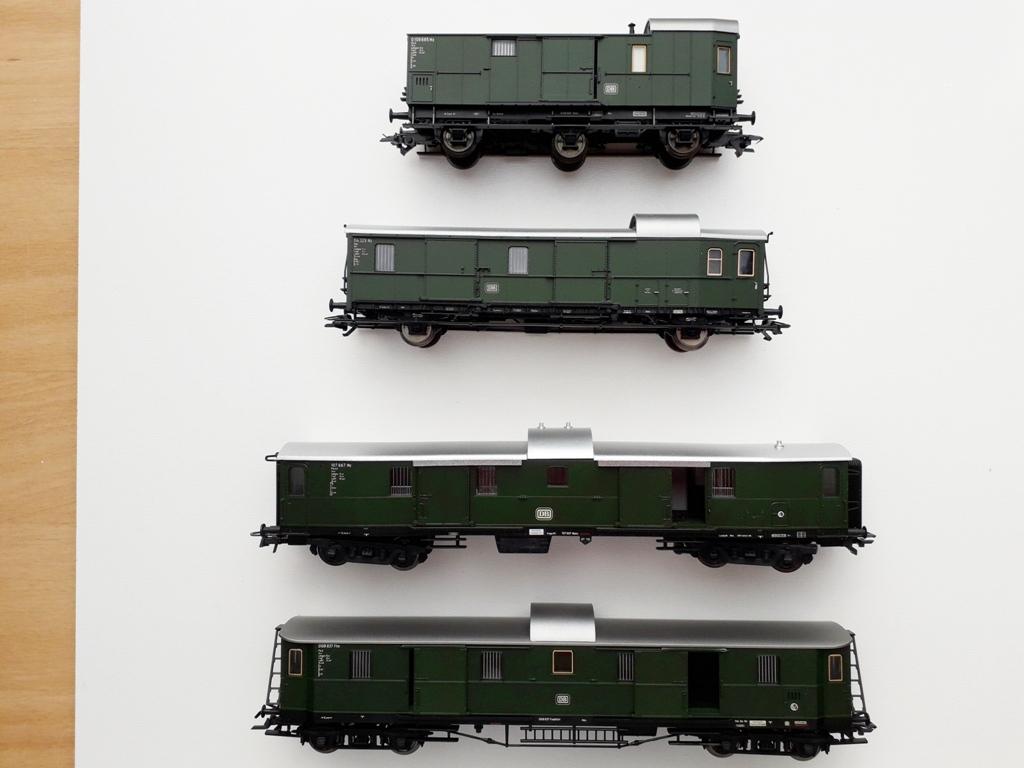 Post/Gepäckwagen 2021-04104i8j05