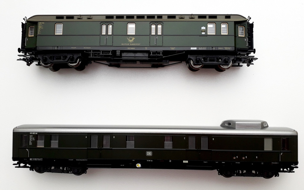 Post/Gepäckwagen 2021-04107l3kb7