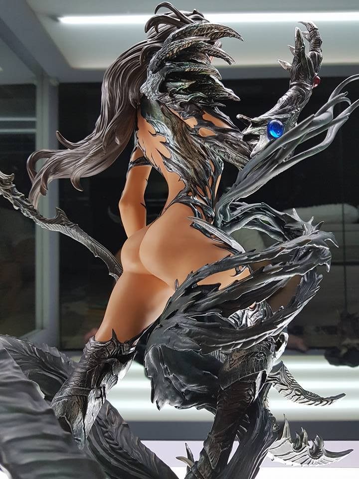 Premium Collectibles : Witchblade - Page 4 20604362_102127495799qclym