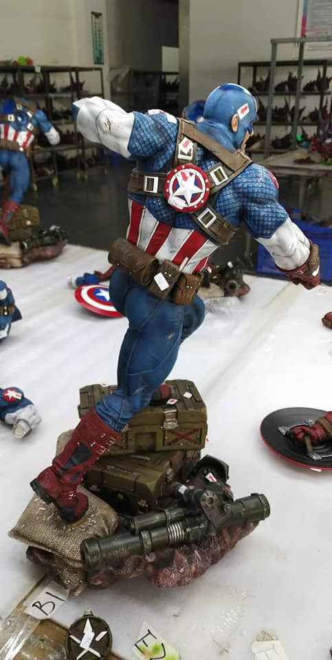 Premium Collectibles : Captain America Ultimate 1/4 Statue 20gjdm