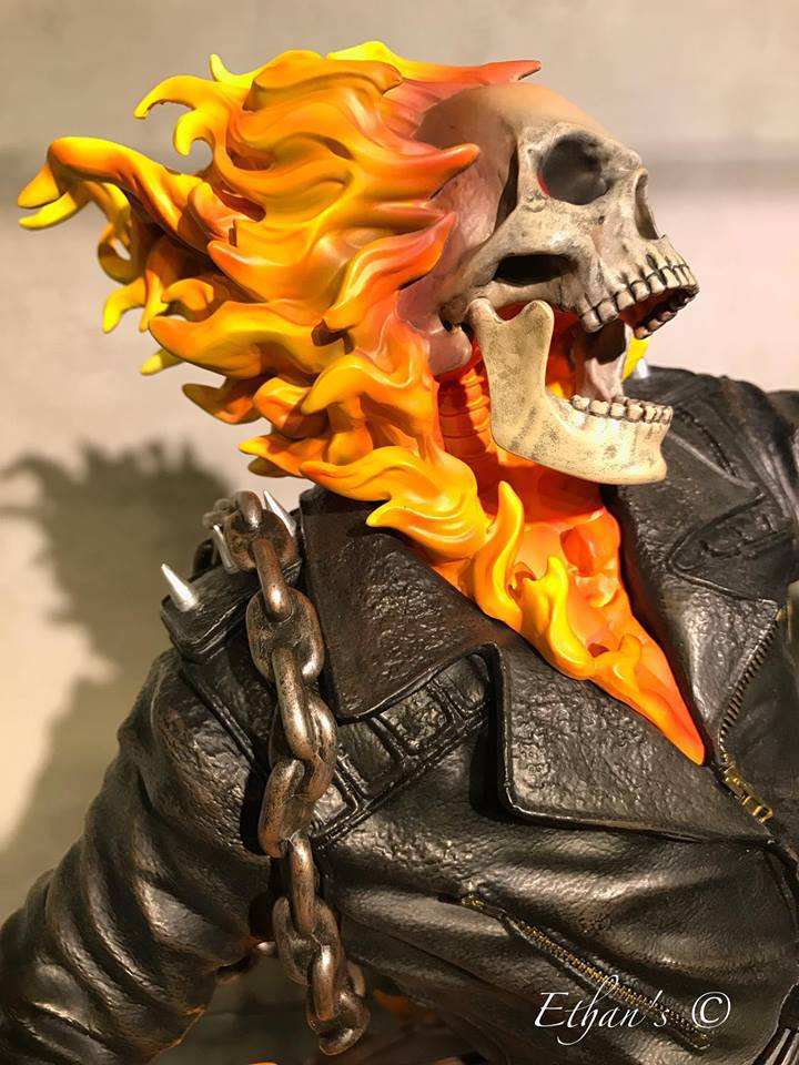 Premium Collectibles : Ghost Rider - Page 4 215akk7