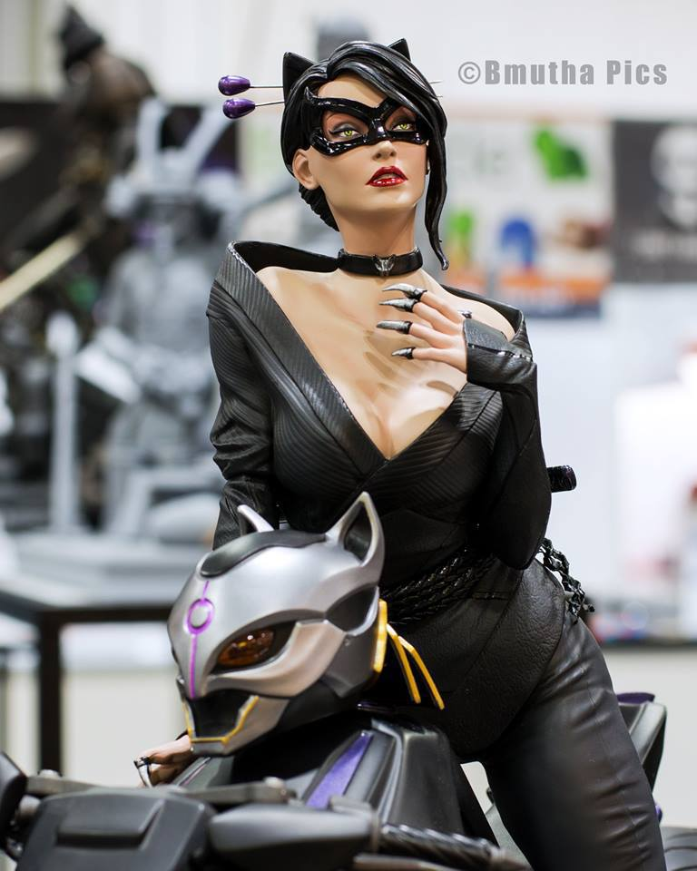 Premium Collectibles : Catwoman - Page 3 21617794_153058075700srswi