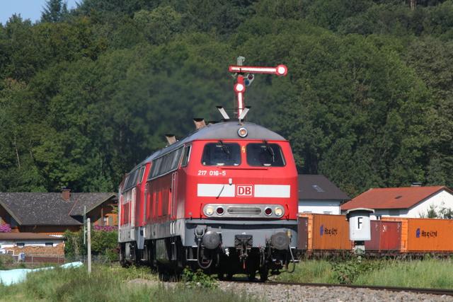 217 016-5 + 217 022-3 Ausfahrt Tüßling