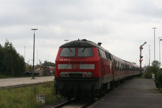 218 210-3 Ausfahrt Cuxhaven
