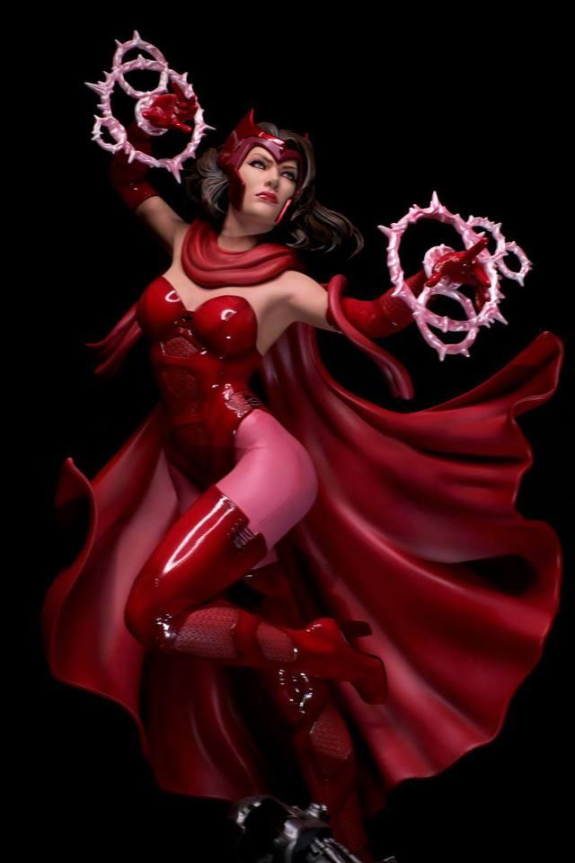 Premium Collectibles : Scarlet Witch** 21ksj82