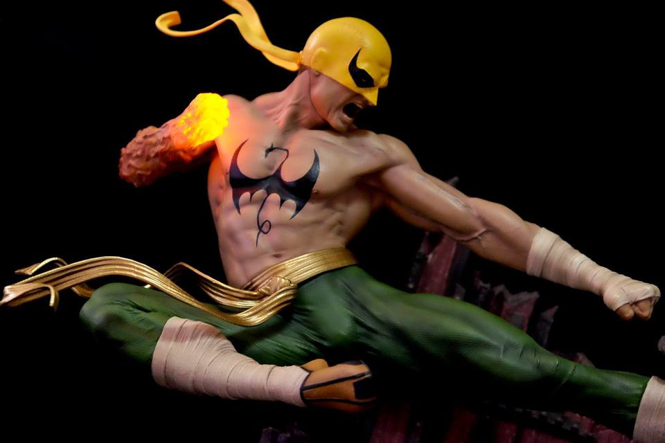 Premium Collectibles : Iron Fist - Page 5 22339301_863475950496ycjry
