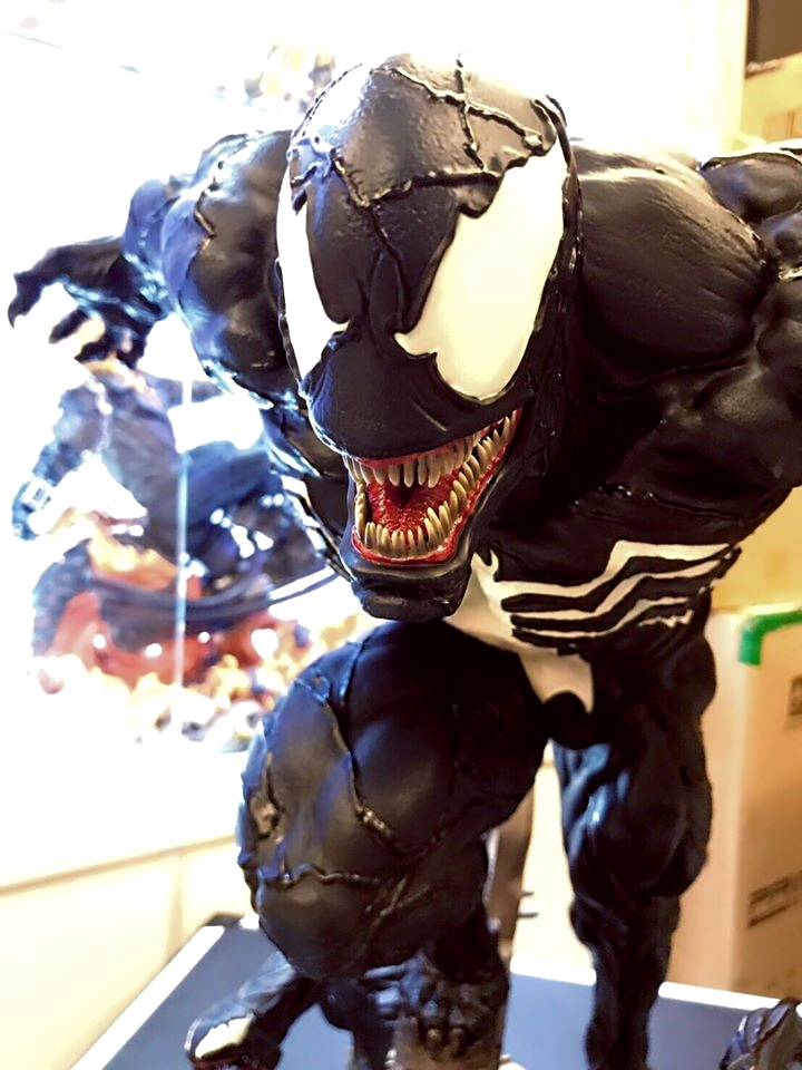 Premium Collectibles : Venom - Comics Version - Page 5 238ulz