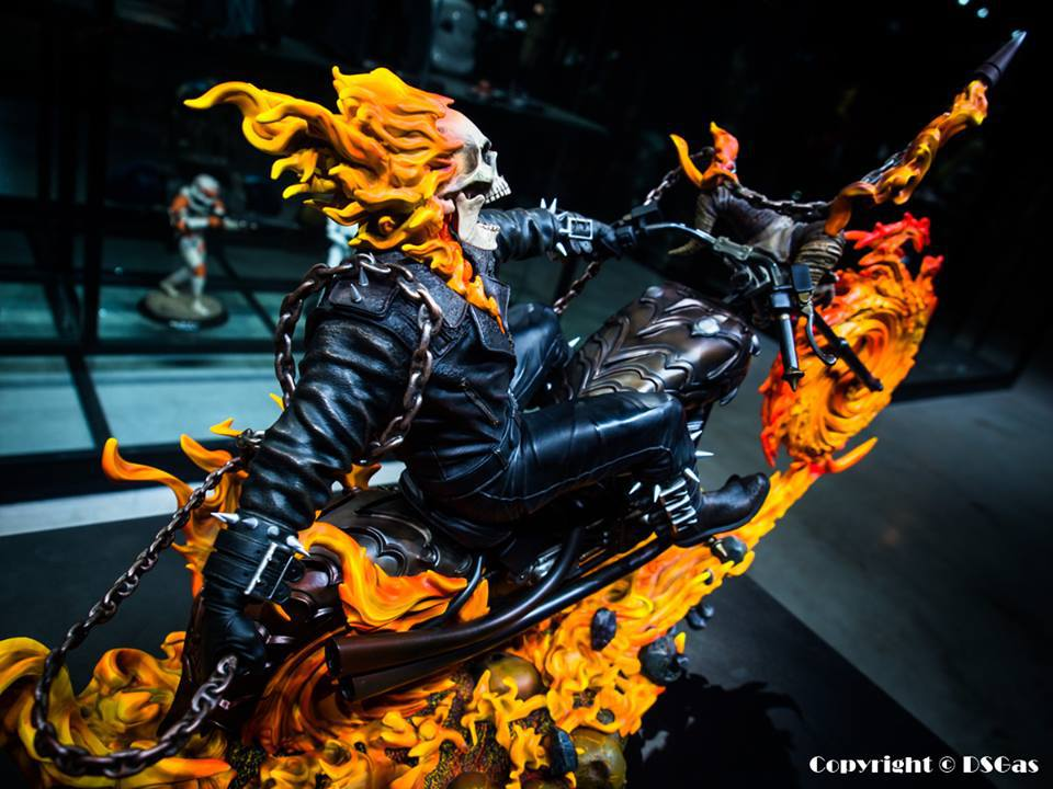 Premium Collectibles : Ghost Rider - Page 5 23yjuon