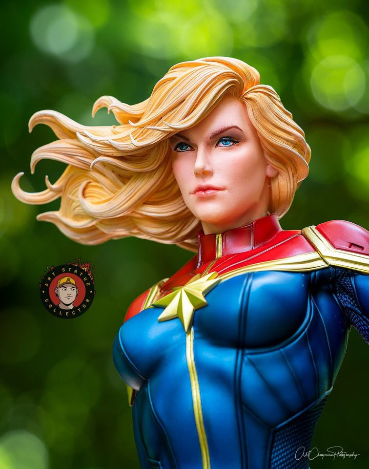 Premium Collectibles : Captain Marvel 1/4 Statue 240100110_136256348701ljfo