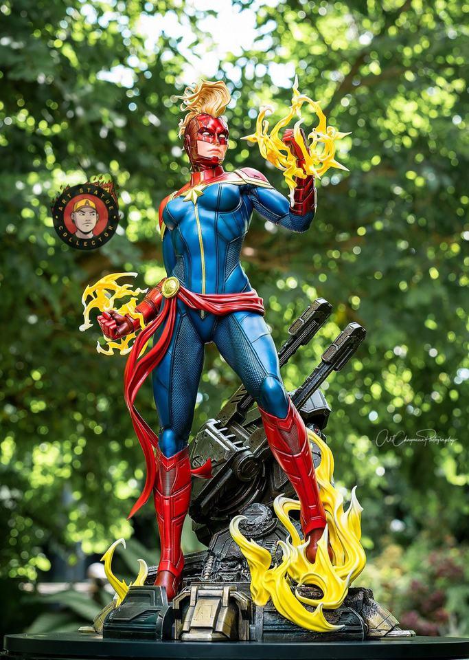 Premium Collectibles : Captain Marvel 1/4 Statue 240377119_13625593536qhk39