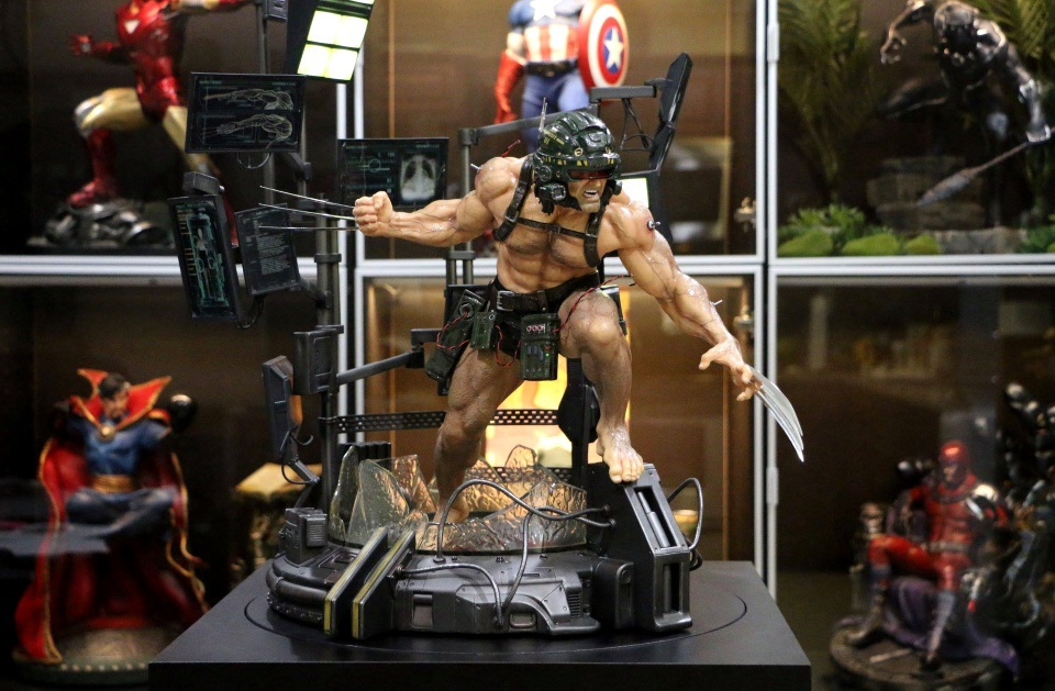 Premium Collectibles : Weapon X - Page 3 244u6n