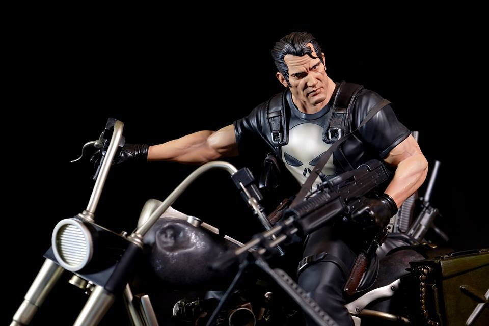 Premium Collectibles : Punisher - Page 5 25xuu2k