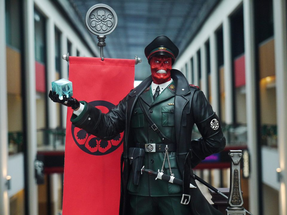 Premium Collectibles : Red Skull - Page 2 26114751_1546319698782yuj0