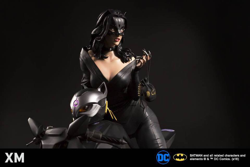 Premium Collectibles : Catwoman - Page 3 26173354_197593630262xhp5g