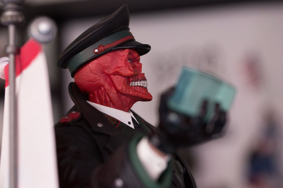 Premium Collectibles : Red Skull - Page 2 26232958_188679667496eiu8d