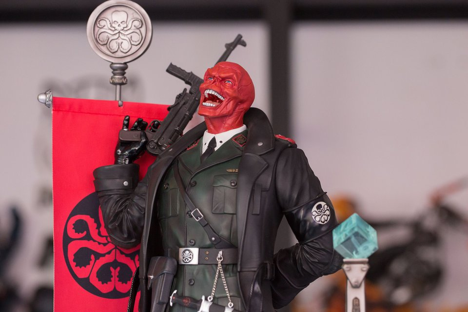 Premium Collectibles : Red Skull - Page 2 26756423_188679673163iepnw