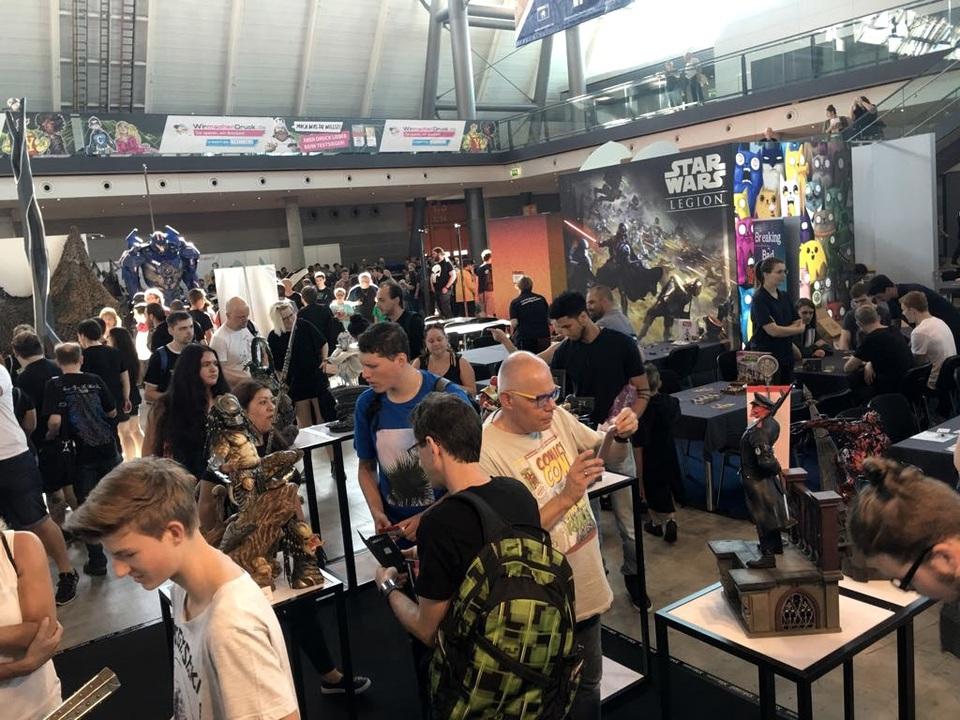XM Studios: Comic Con Germany Stuttgart 2018  26pys7x