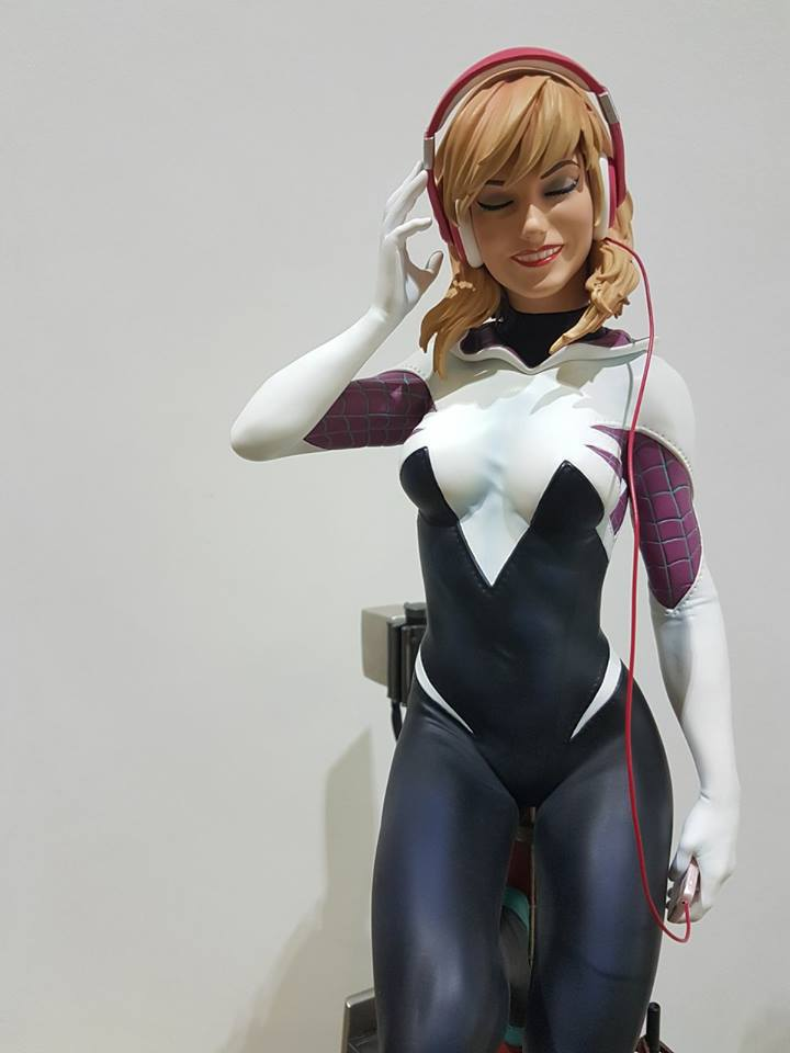 Premium Collectibles : Spider-Gwen 27973735_10155444050117kkr