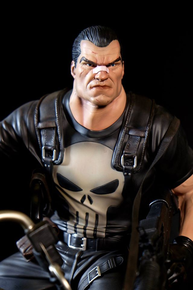 Premium Collectibles : Punisher - Page 5 27ruu1