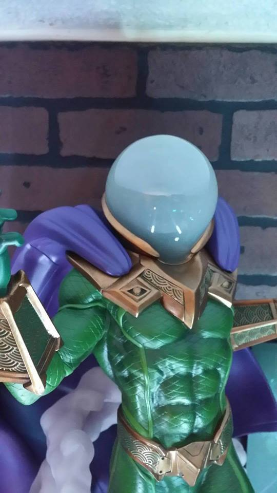 Premium Collectibles : Mysterio - Page 4 28bulz