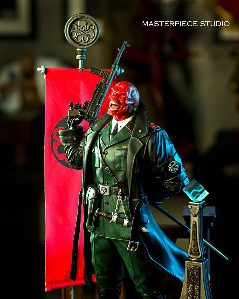 Premium Collectibles : Red Skull - Page 2 28fu30