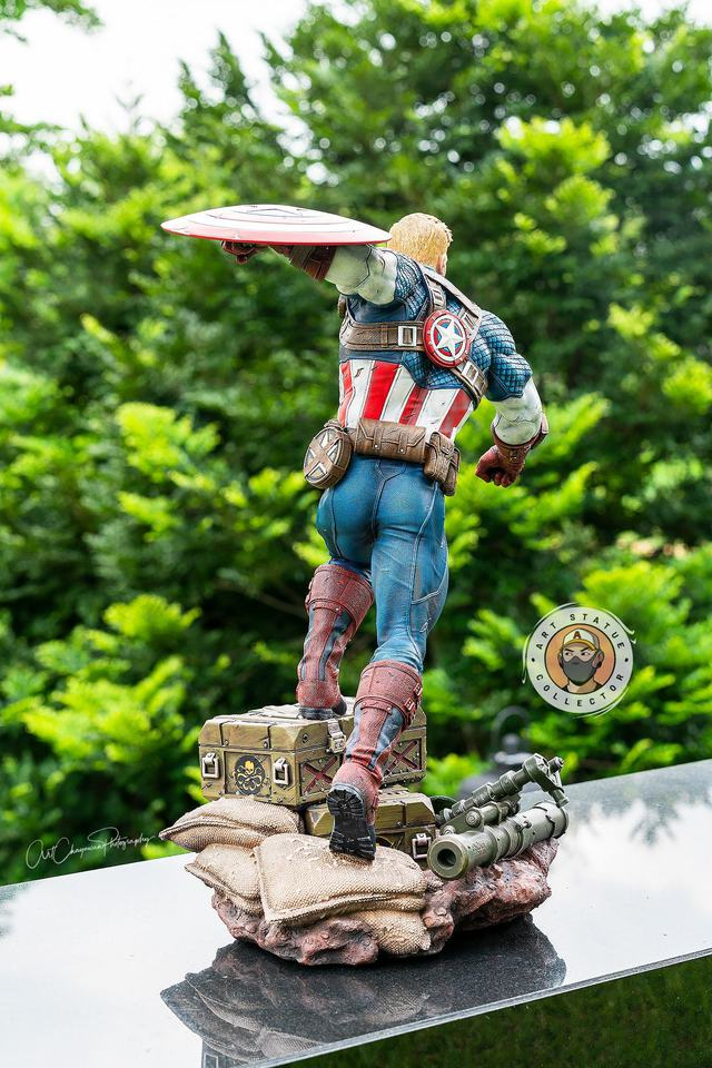 Premium Collectibles : Captain America Ultimate 1/4 Statue 2a48j1x
