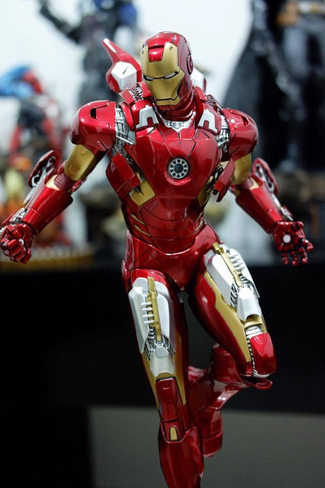 Premium Collectibles : Iron man MK VII - Page 5 2ecs2q
