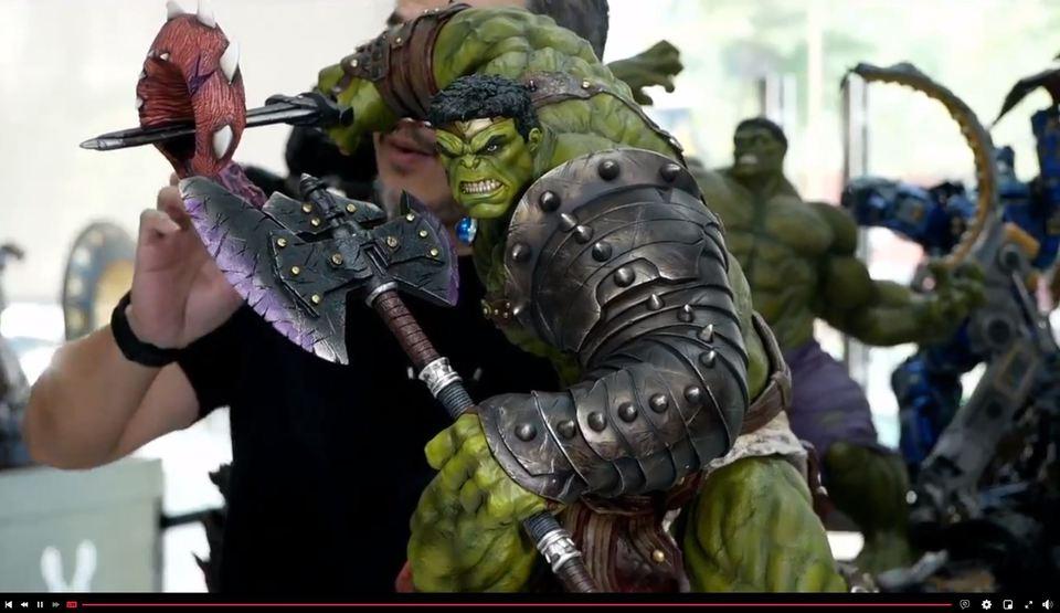 Premium Collectibles : Planet Hulk / King Hulk** 2f2ko7