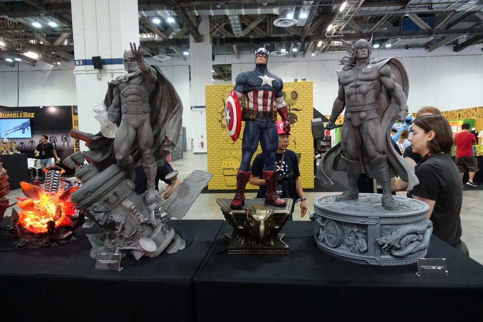 Premium Collectibles : Captain America 1/3 2kxkp9