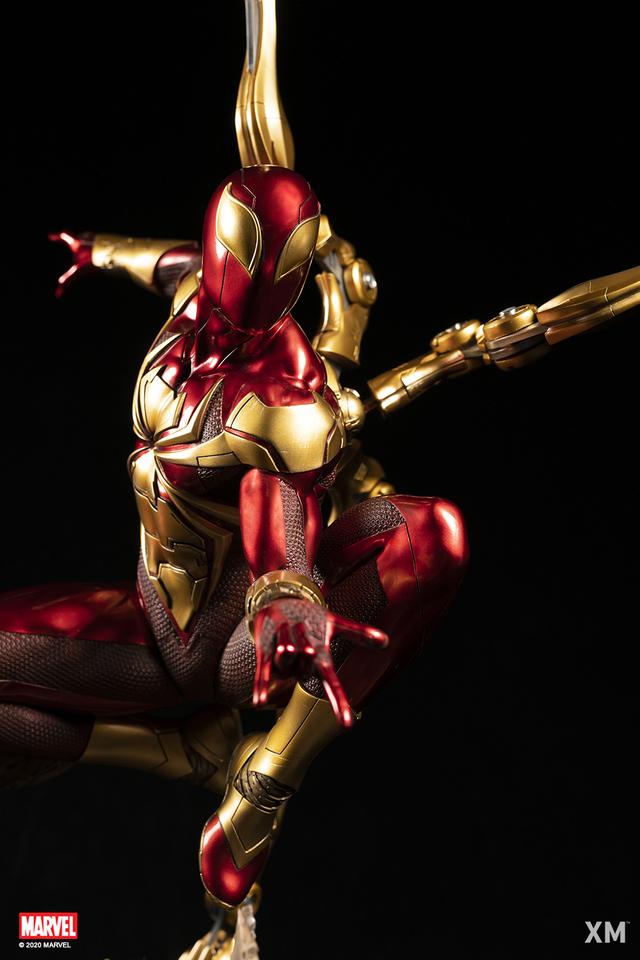 Premium Collectibles : Iron-spiderman** 2ldjkh