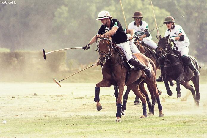 Isa goes Polo! 2mwilnd_webvbspl