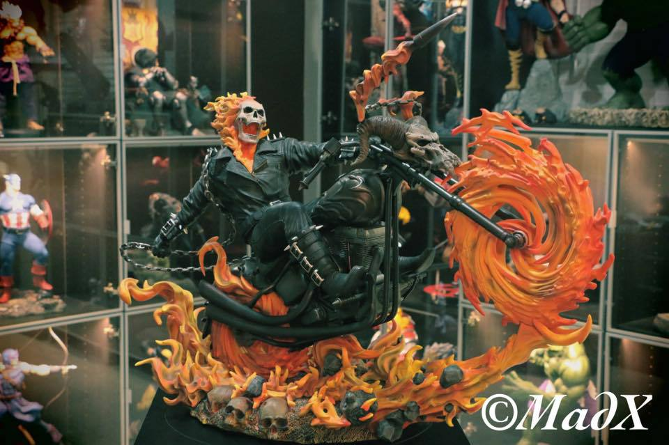 Premium Collectibles : Ghost Rider - Page 5 2n7btl