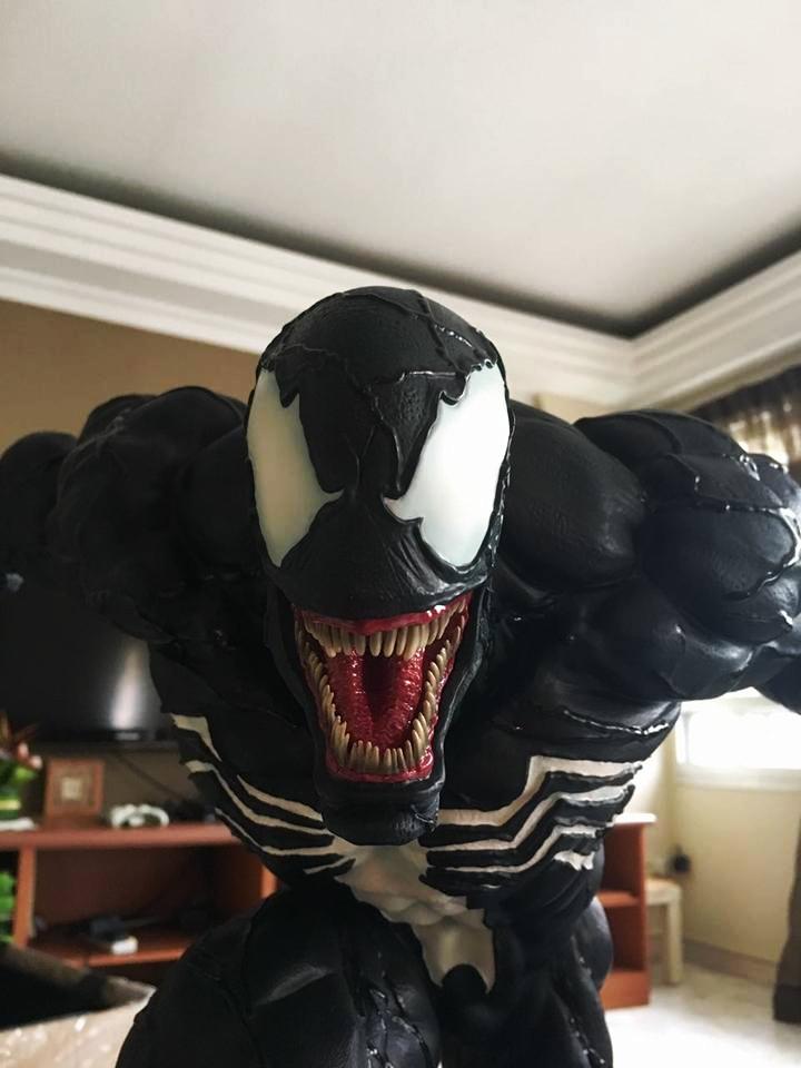 Premium Collectibles : Venom - Comics Version - Page 4 2nexeo