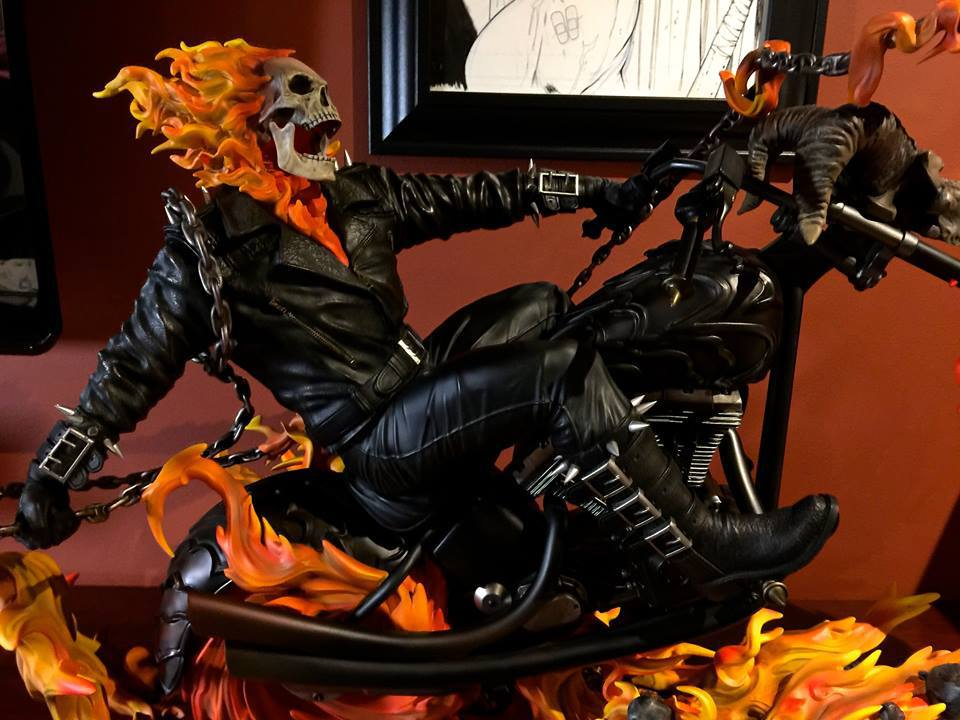 Premium Collectibles : Ghost Rider - Page 6 2ozuup