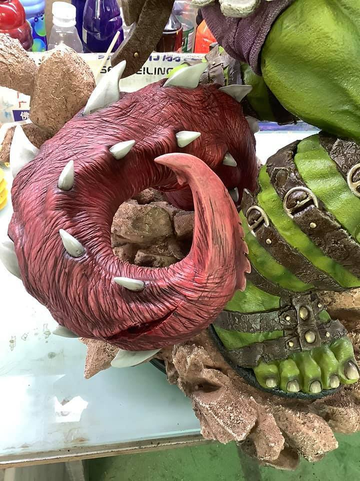 Premium Collectibles : Planet Hulk / King Hulk** 2rjkvn