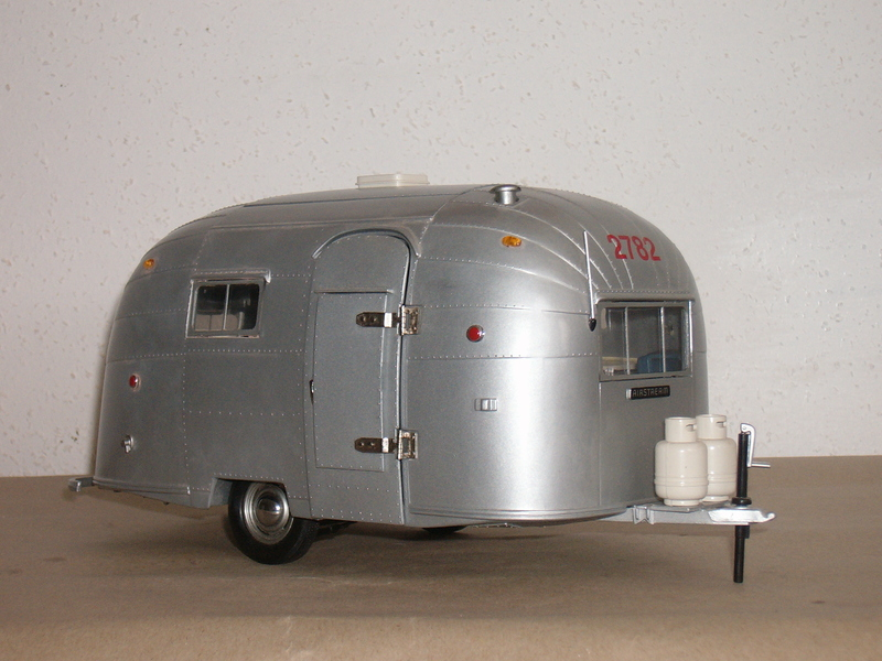 1 18 airstream camper von motor city classics modelcarforum. Black Bedroom Furniture Sets. Home Design Ideas