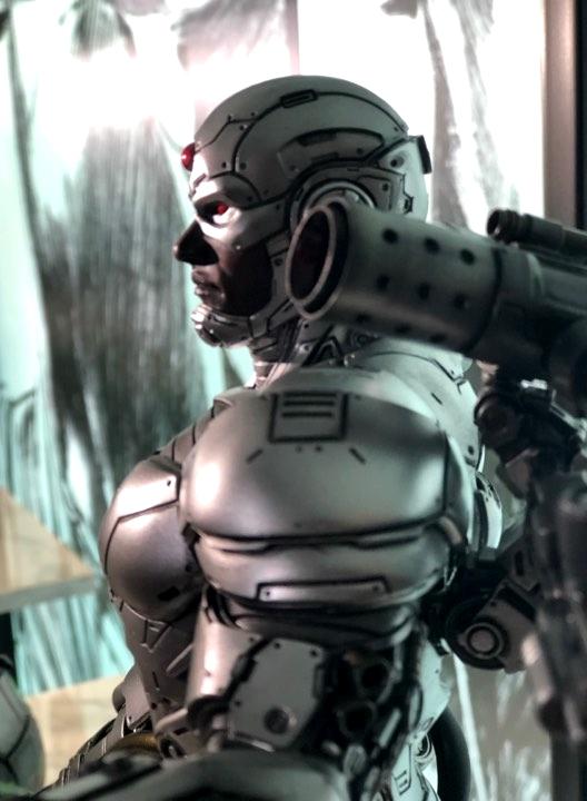 Premium Collectibles : JLA Cyborg 1/6**   2tgkxo
