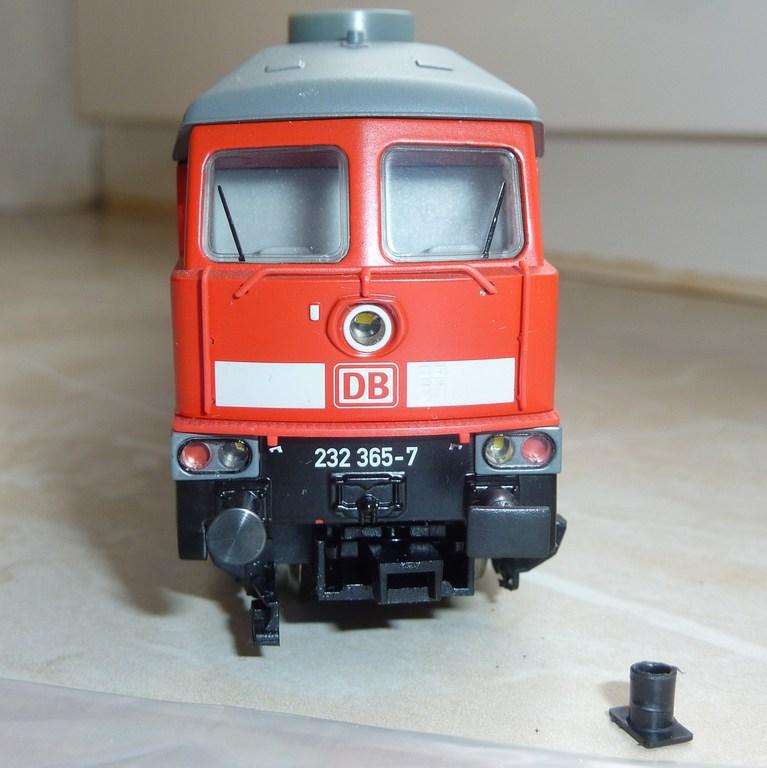 Märklin BR 232 (36420 1.Ausführung und ähnliche) mit eckigen Puffern ausstatten 2tyz8m