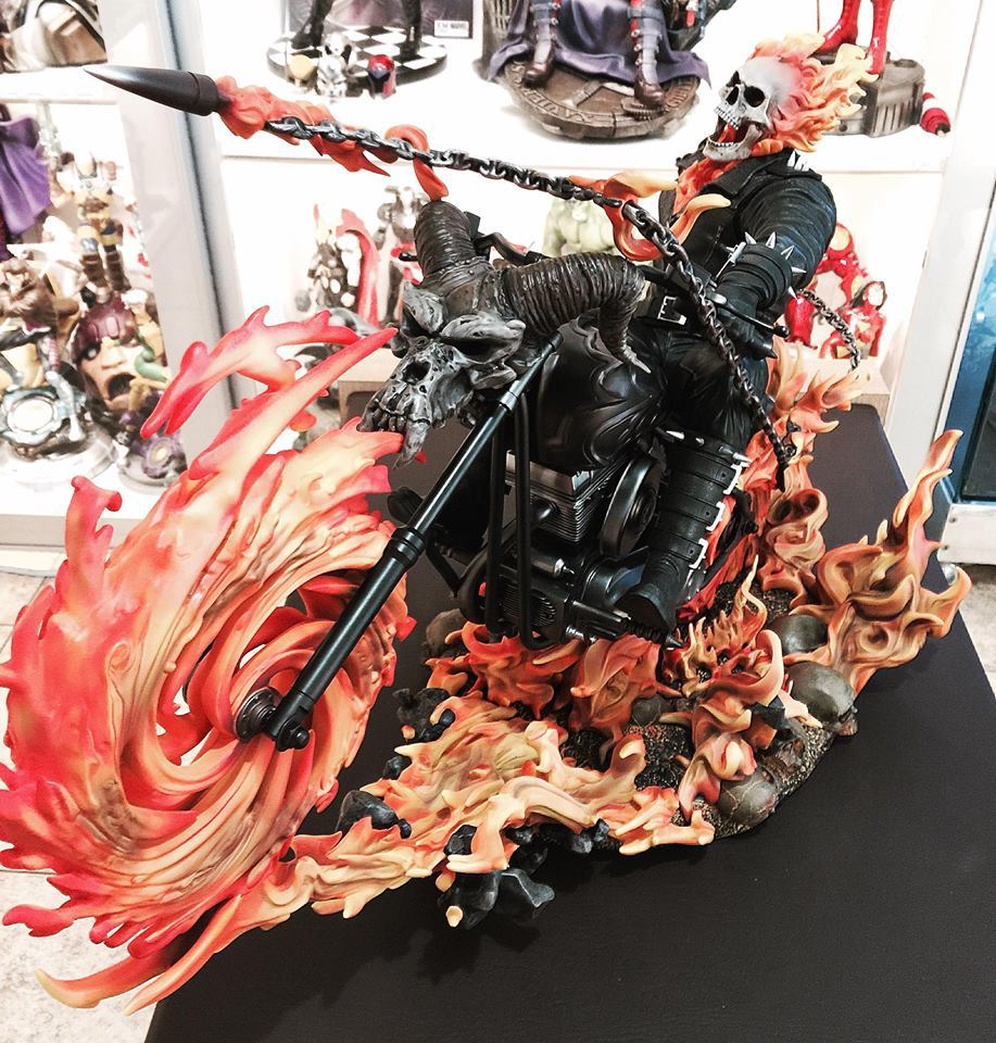 Premium Collectibles : Ghost Rider - Page 5 2v9sdc