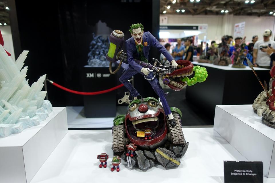 Premium Collectibles : Joker 1/6** 3082keb