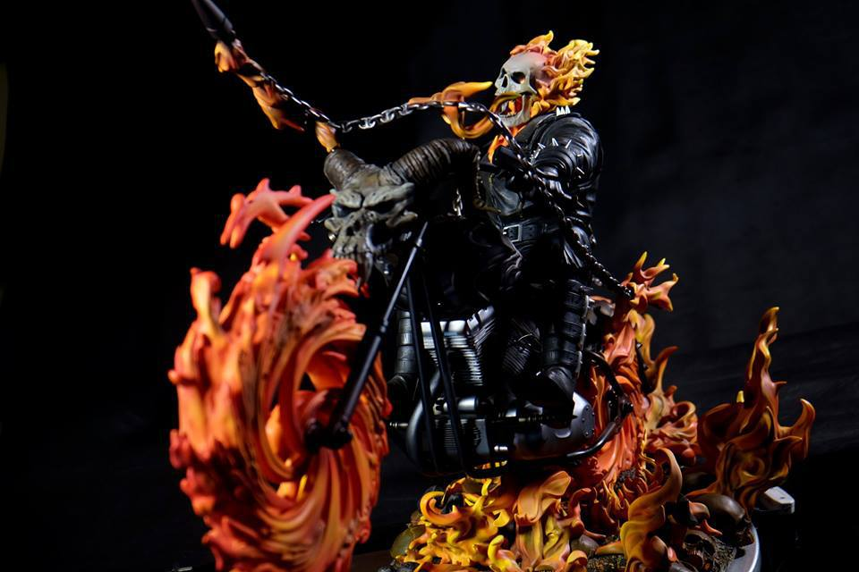 Premium Collectibles : Ghost Rider - Page 6 30a2lps