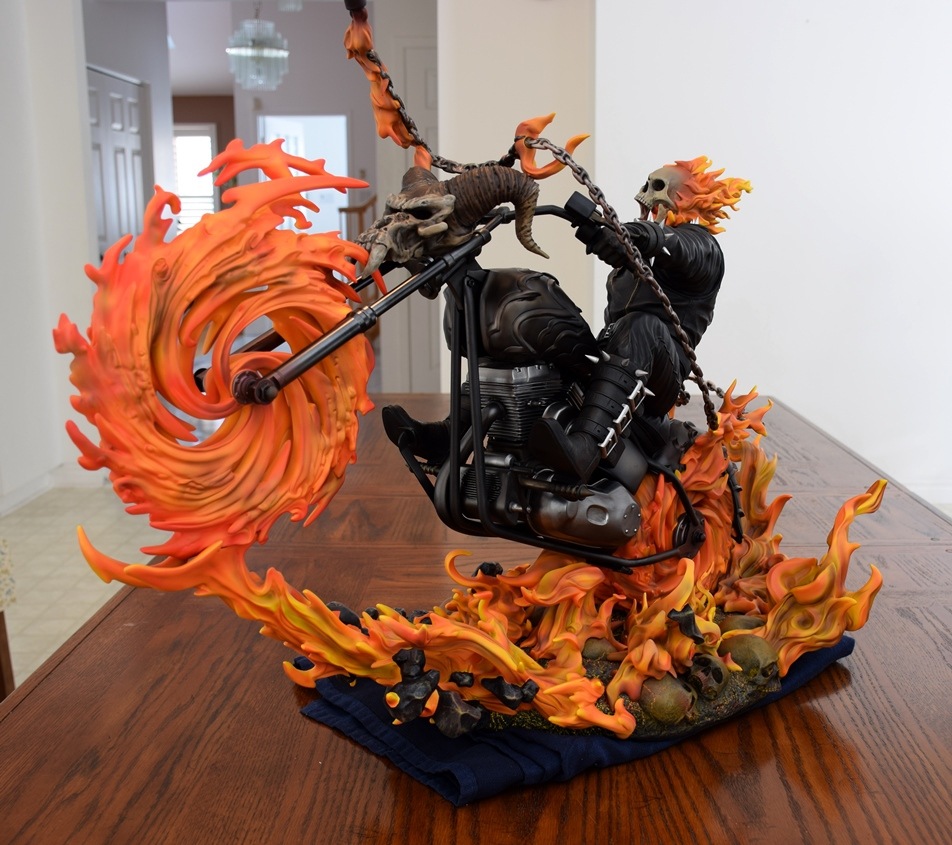 Premium Collectibles : Ghost Rider - Page 5 30b7zs2
