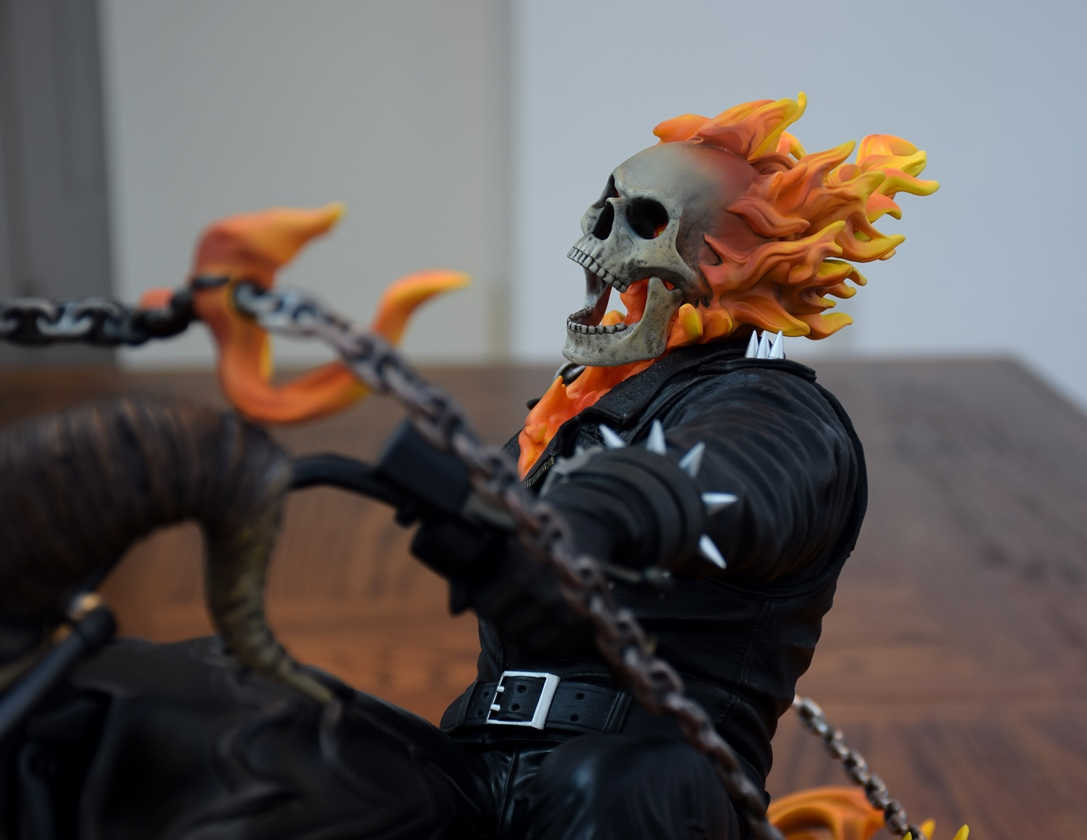 Premium Collectibles : Ghost Rider - Page 5 31habdk
