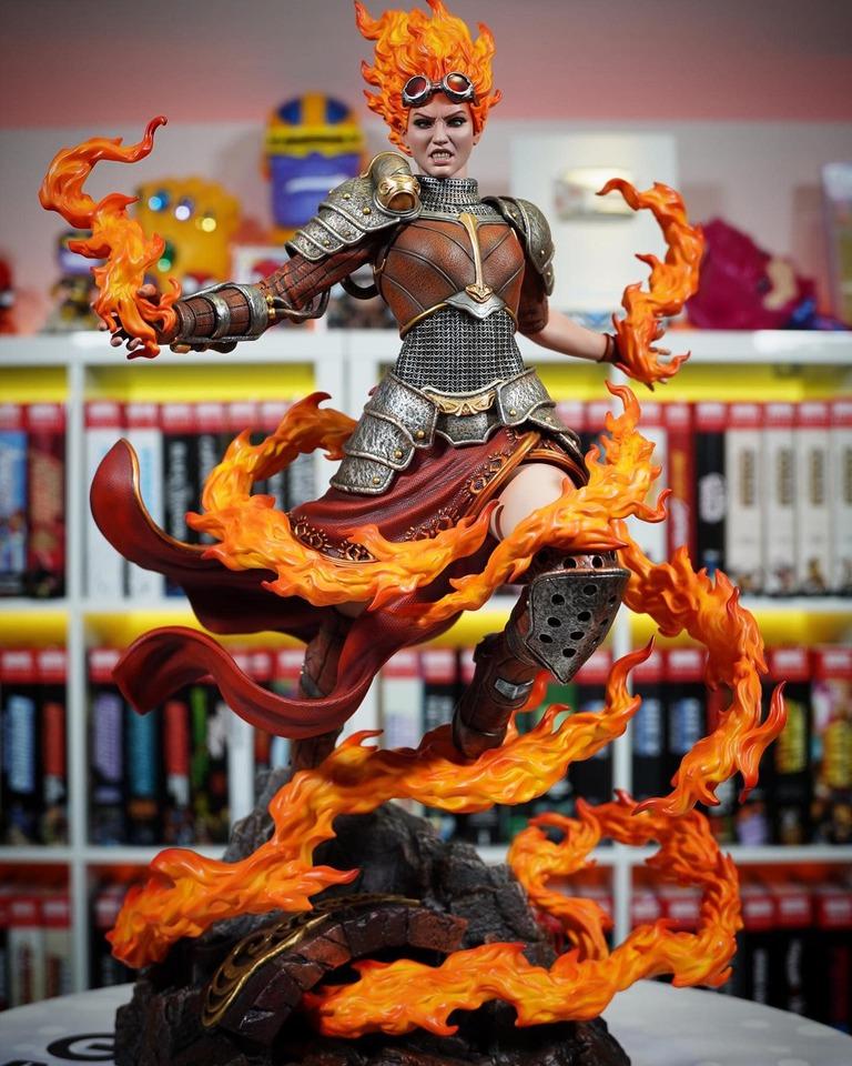 Premium Collectibles : MTG - Chandra Nalaar 1/4 Statue 31okfk