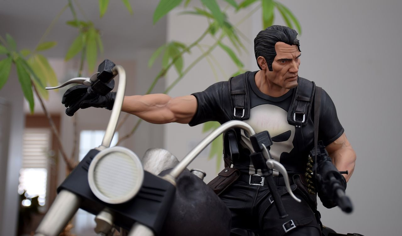 Premium Collectibles : Punisher - Page 5 31saud4