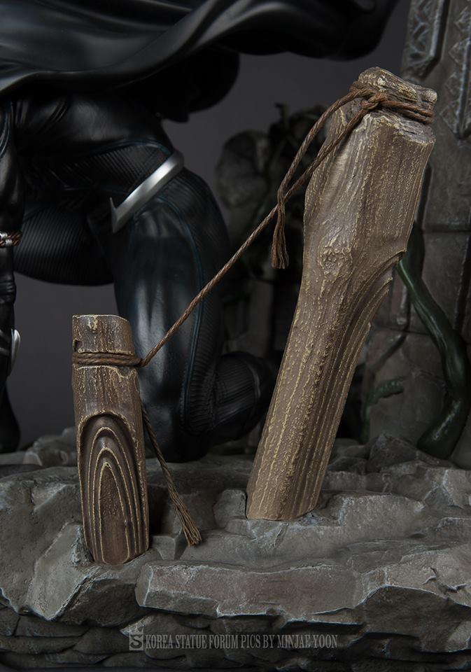 Premium Collectibles : Black Panther - Page 6 3297u8b