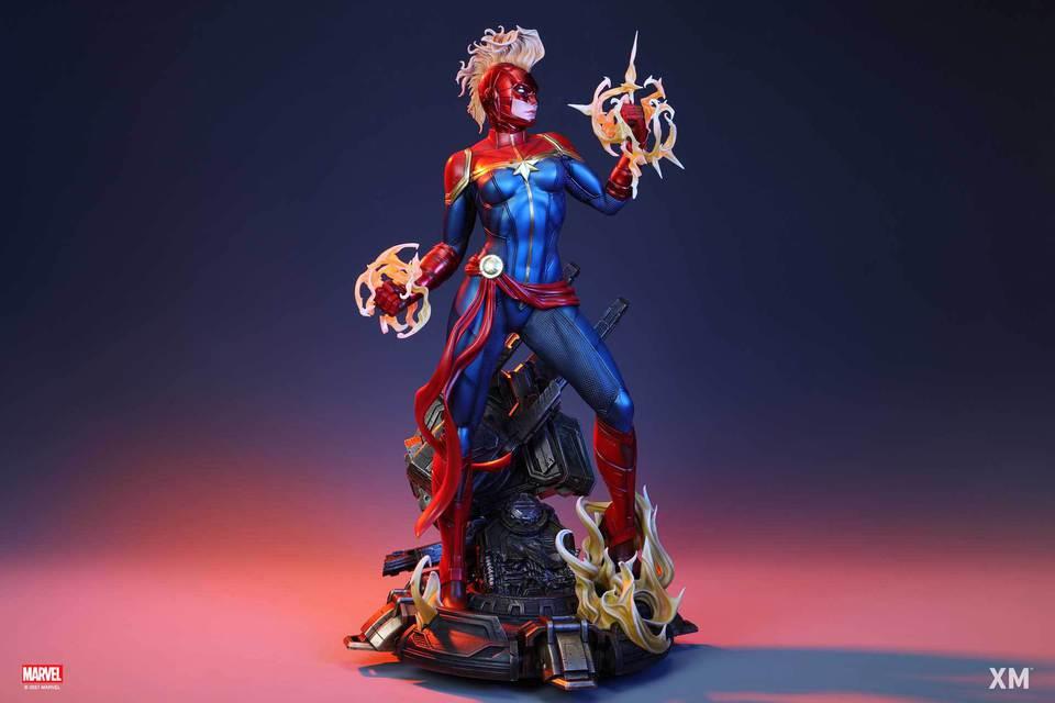 Premium Collectibles : Captain Marvel 1/4 Statue 32k4kyk