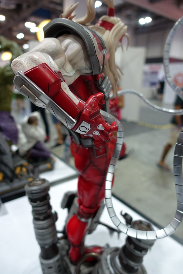 Premium Collectibles : Omega Red - Comics version** 33zvjlz