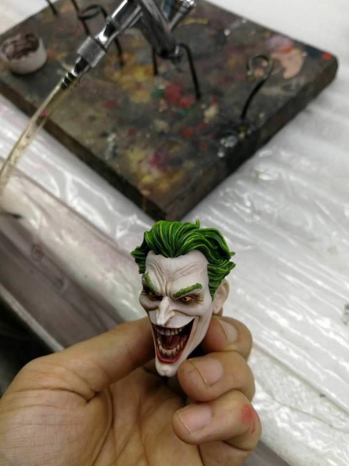 Premium Collectibles : Joker 1/6** 34667615_2053523768196quzm