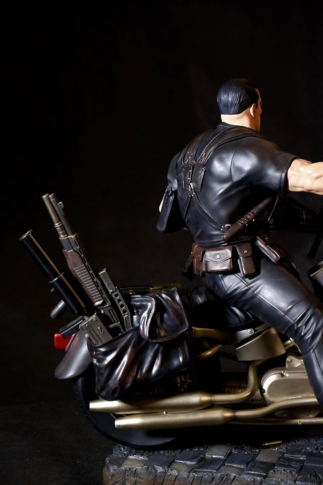 Premium Collectibles : Punisher - Page 5 34d2uyq